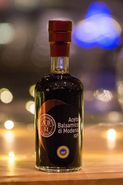 Bouteille d'alcool Aceto Balsamico di modena